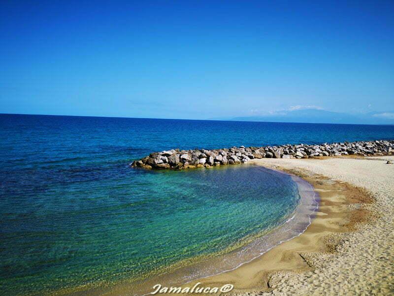 Pizzo Calabro - spiaggia di Piedigrotta nella Costa degli Dei