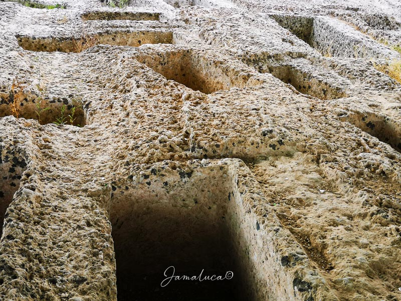 Parco archeologico Manduria Tombe
