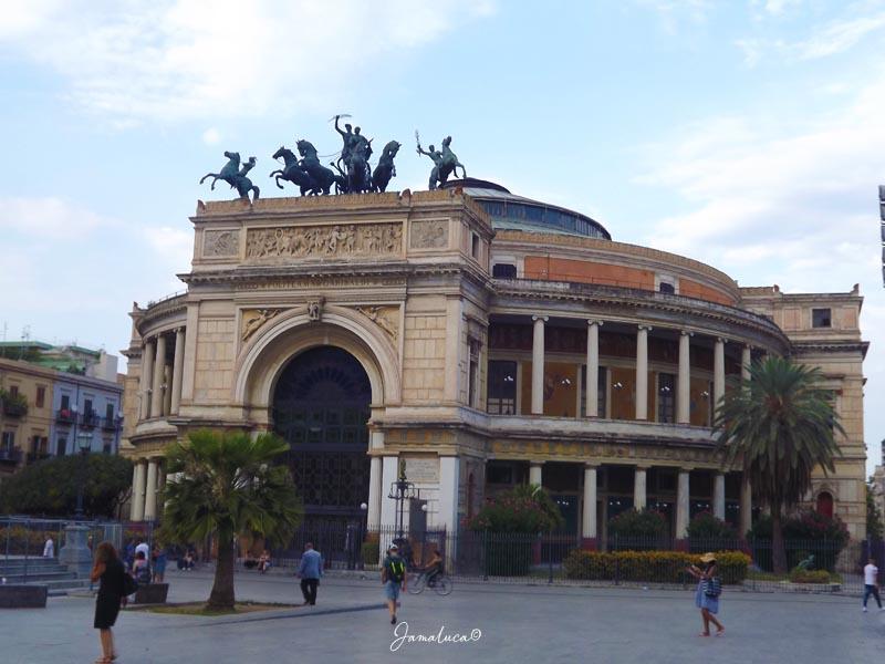 Cosa vedere a Palermo Teatro Politeama