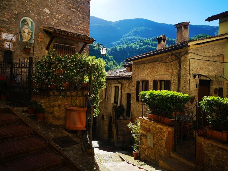 Scheggino borgo Umbria