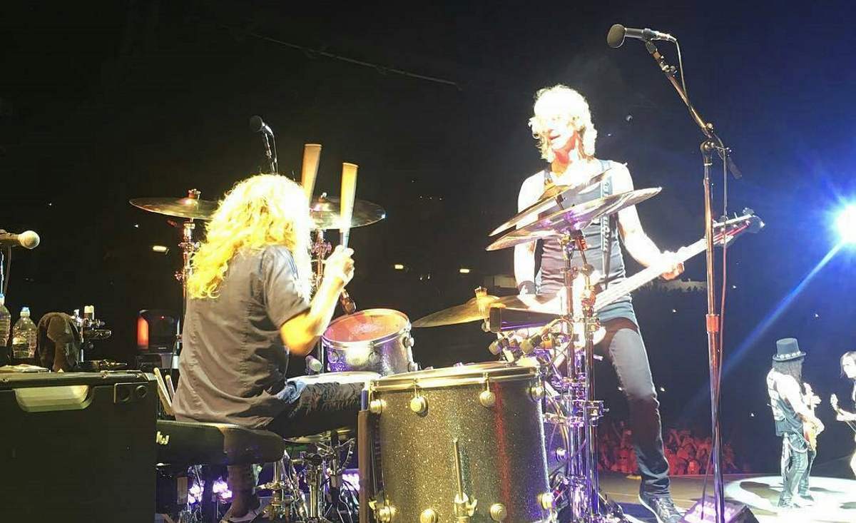 Steven Adler Performs With Guns N Roses For First Time