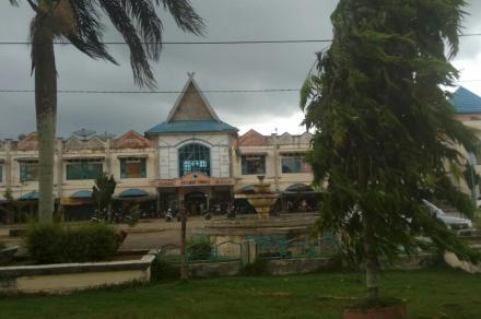 Pasar Keramat Tinggi Muarabulian. Foto: Rizki/Jambiseru.com