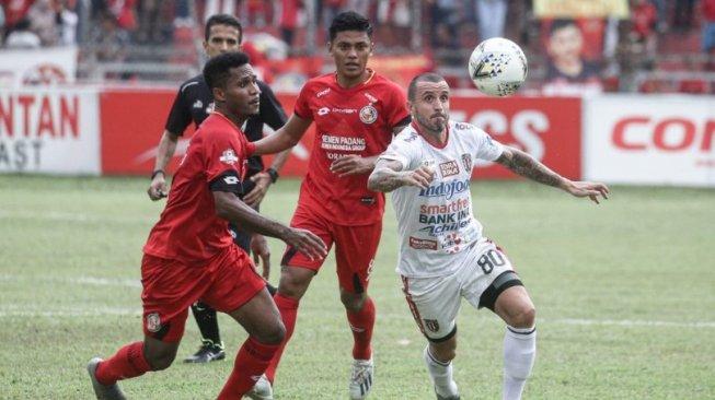 Suasana laga Semen Padang vs Bali United pada laga pekan ke-30 Liga 1 2019 di Stadion Haji Agus Salim, Padang, Senin (2/12/2019) petang WIB. [Laman resmi Bali United]