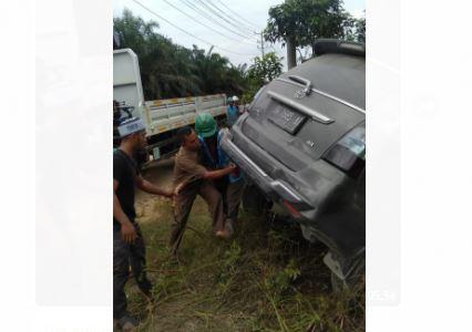 Mobil pelaku yang berhasil diamankan di TKP. Foto: Yogi/Jambiseru.com