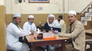 Cagub Jambi Al Haris (dua kiri) bersama tokoh agama dan Pejuang Subuh