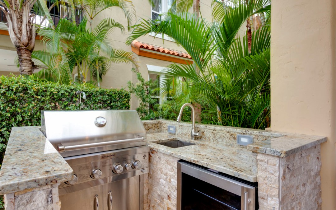 The Beauty and Versatility of the Outdoor Kitchen | Jamco Unlimited