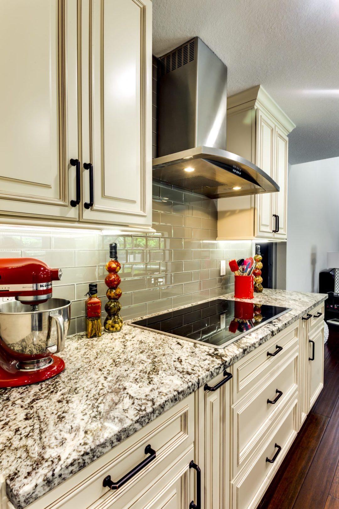 Kitchen Remodel - Weatherstone - Safety Harbor12