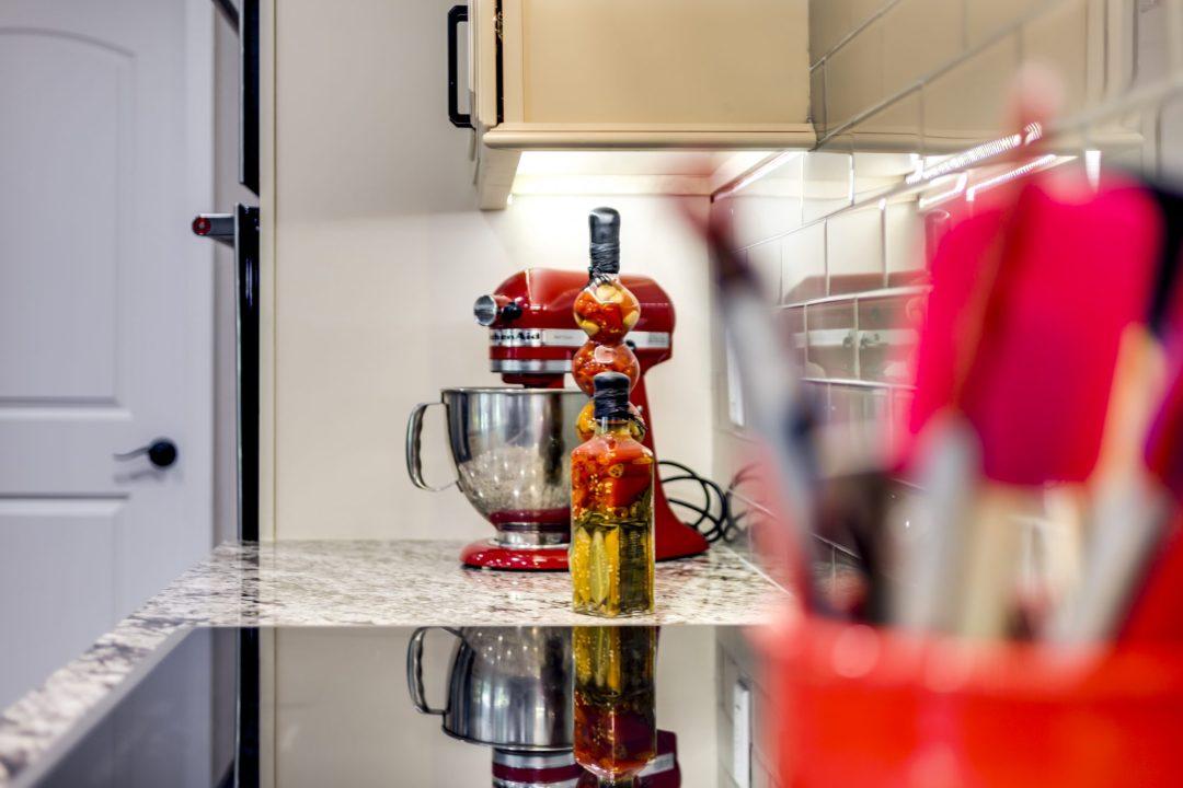 Kitchen Remodel - Weatherstone - Safety Harbor14
