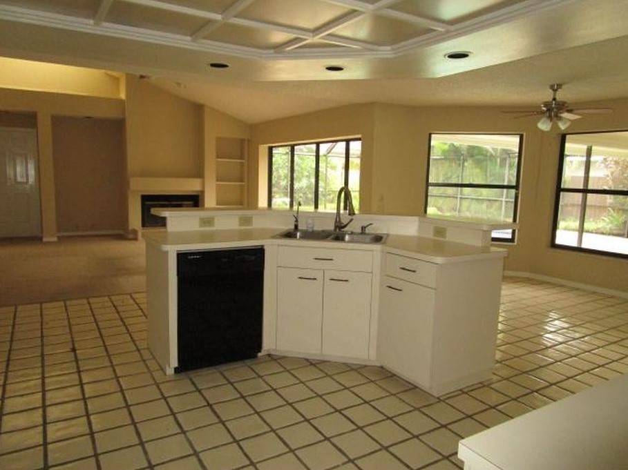 Weatherstone Safety Harbor Kitchen Remodel Before