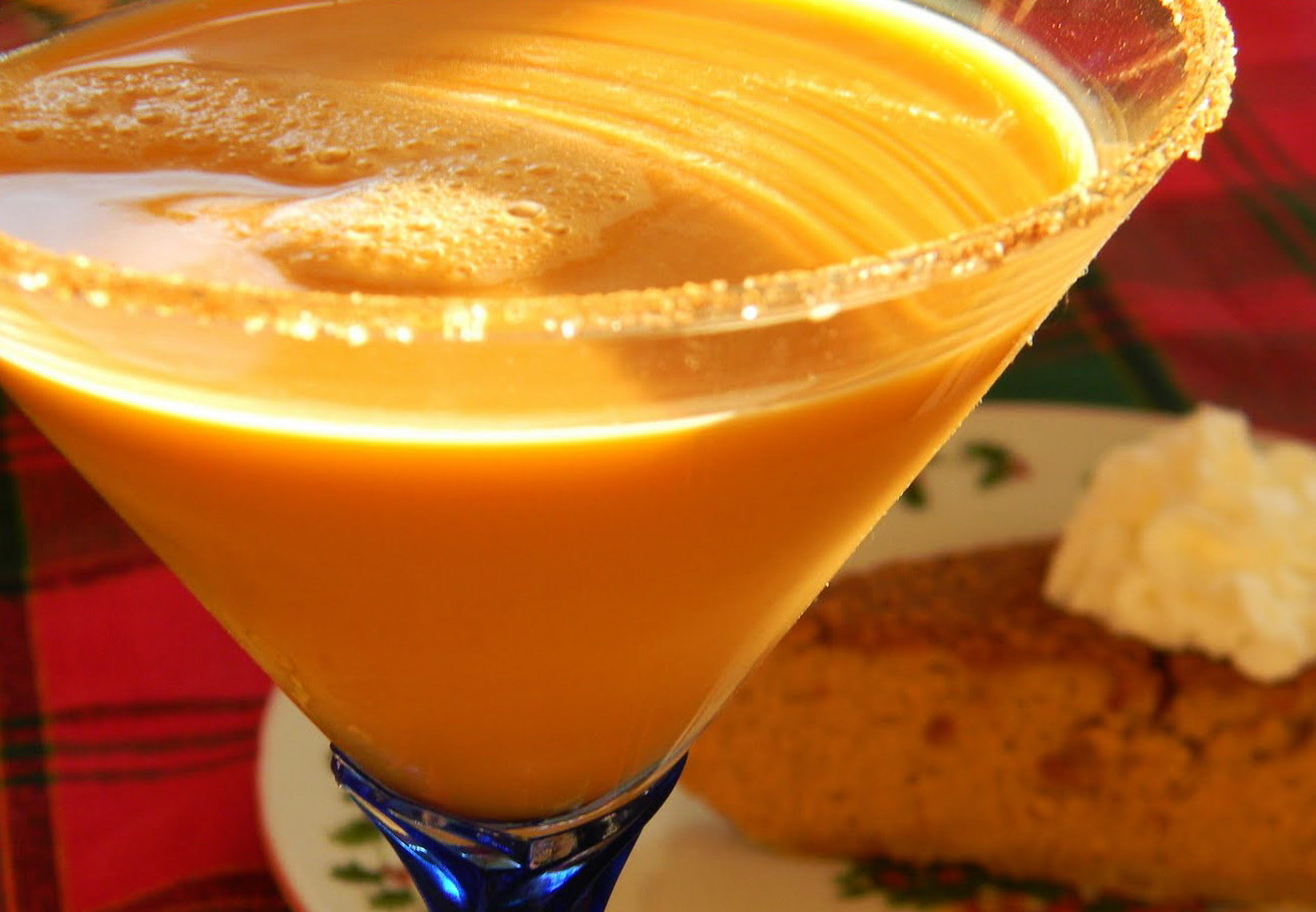 Thanksgiving Cocktails: Pumpkin Pie Martini