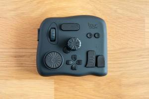 Tourbox controller for Lightroom and Photoshop