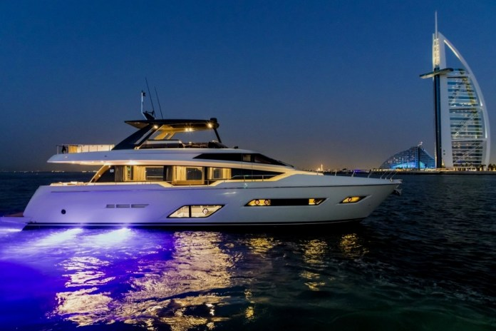 Best yacht brands: American supersport yachts.