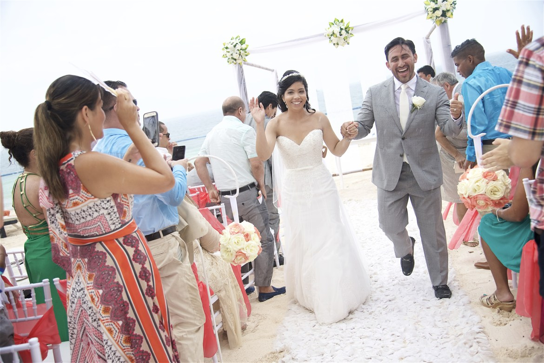Best wedding photographers for destinations