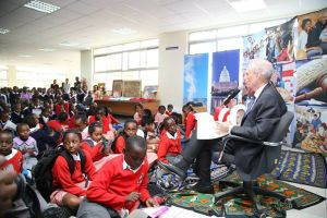 US ambassador Bob Godec reads to the kids