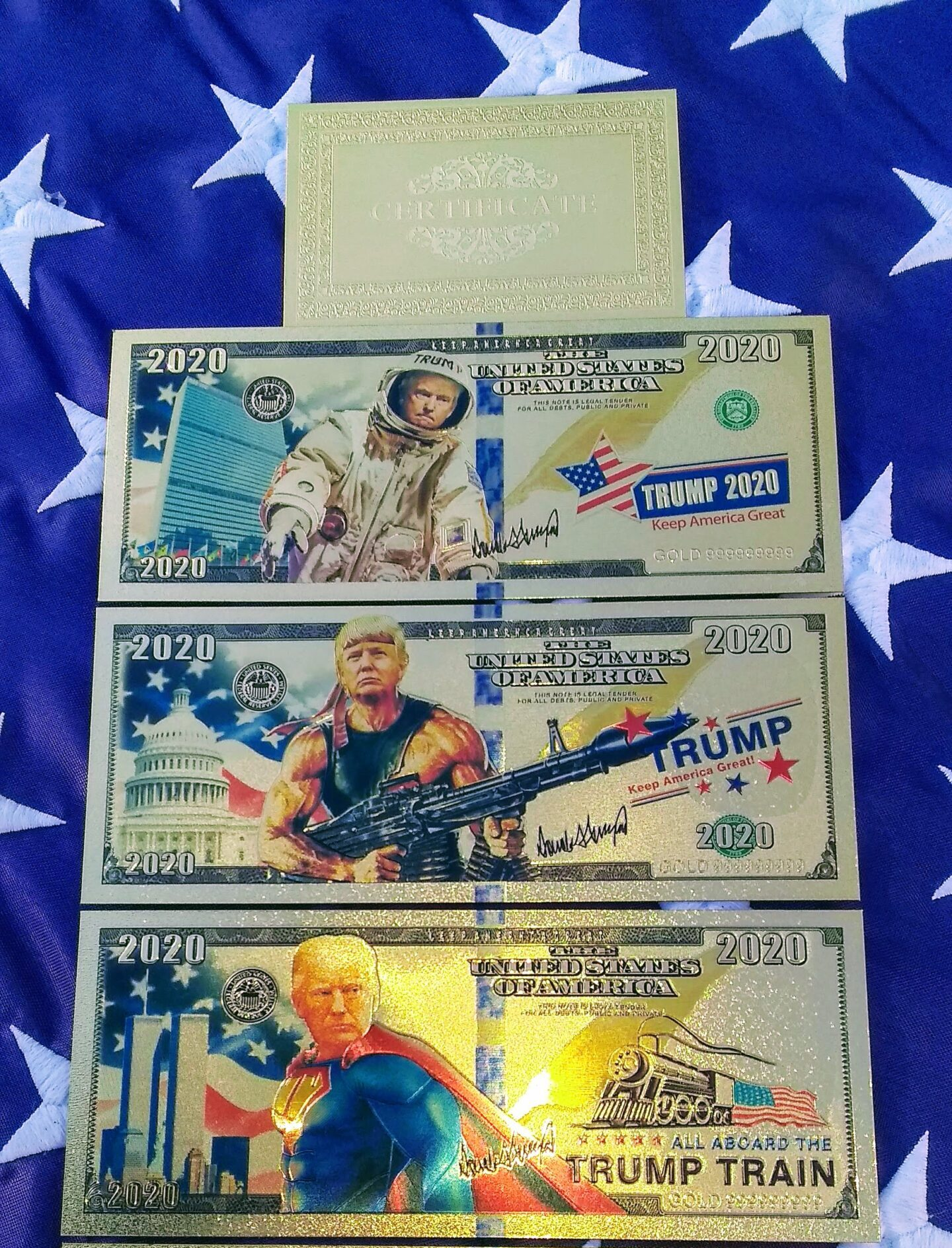 4 PC AUTHENTIC 24K GOLD SUPER HERO TRUMP BANK NOTE SERIES COLLECTOR'S SET w/ Certificate Of Authenticity – NEW ITEM!