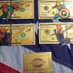 AUTHENTIC 24K GOLD 5 PC SUPER HERO TRUMP BANK NOTE COLLECTOR'S SET w/ Certificate Of Authenticity – NEW ITEM!