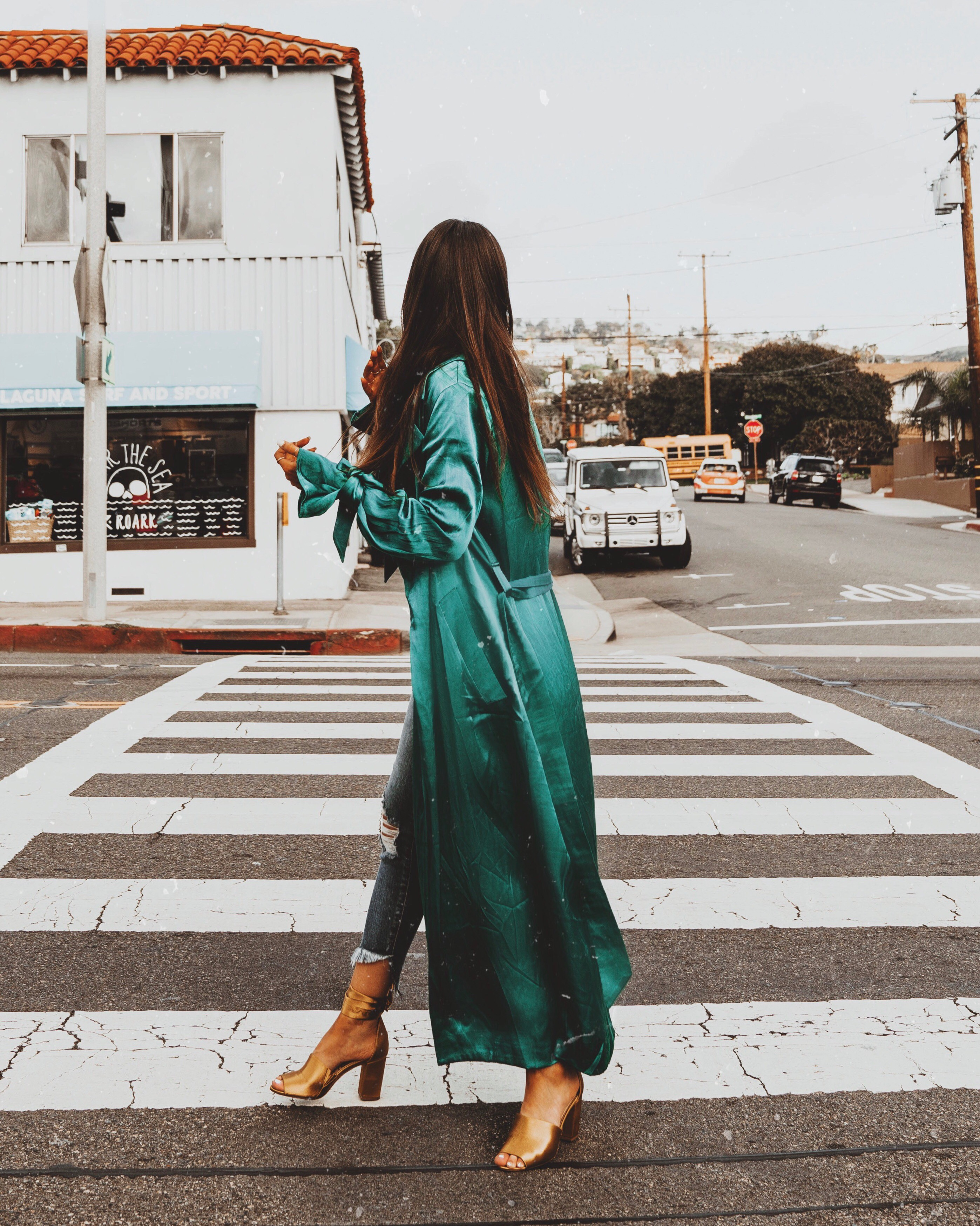 cute and comfy street style look by la fashion blogger jami alix