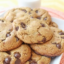 Paleo and Gluten-Free Dark Chocolate Chip Cookie Recipe