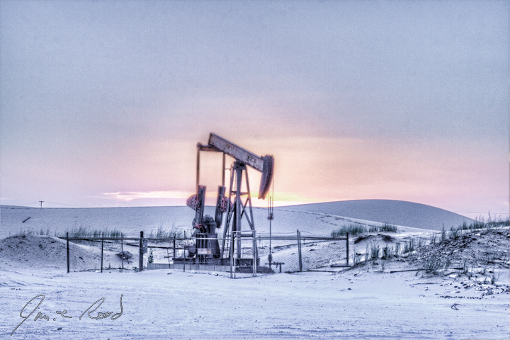 https://i0.wp.com/www.jamierood.com/art/var/resizes/Oilfield/PumpJacks/PumpjackAtSnowySunset.jpg