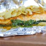 roasted salmon & veggie packets