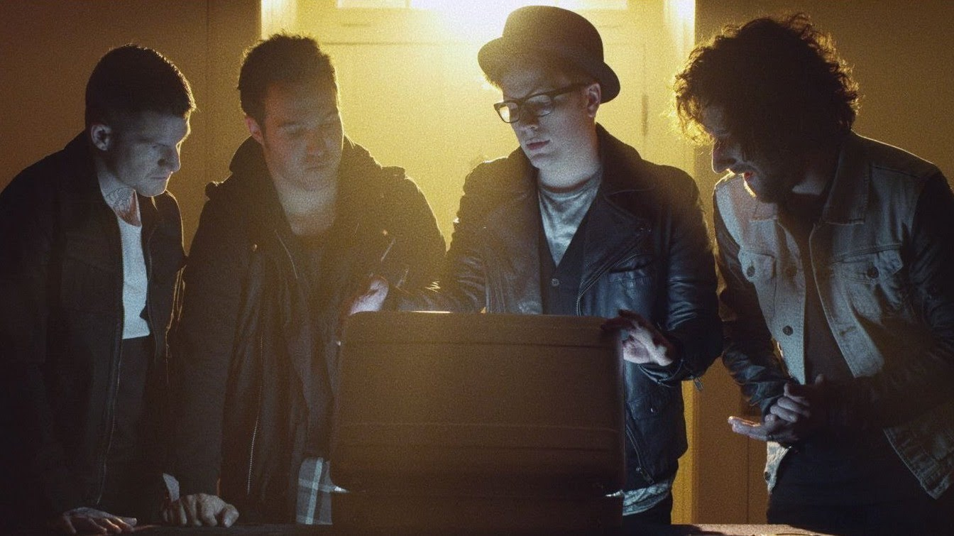 Fall Out Boy Wallpaper 2013 Fall Out Boy Release Torturous Video For Quot The Phoenix