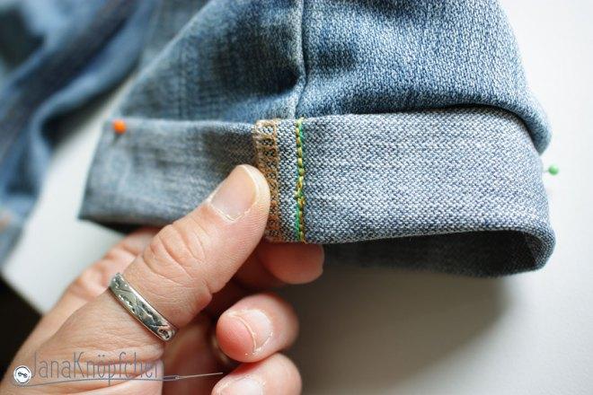 Tutorial Kürzen der Jeans. Umschlag der Jeans festgesteppt. JanaKnöpfchen - Nähen für Jungs