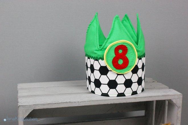 Tutorial Geburtstagskrone nähen Blogpost JanaKnöpfchen - Nähen für Jungs