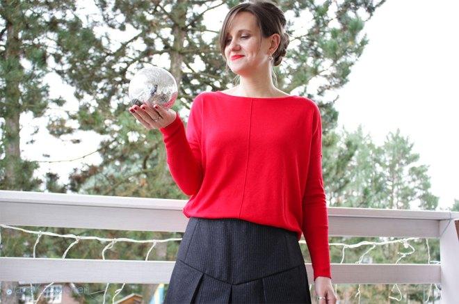 Blogbeitrag Weihnachtsoutfit mit selbstgenähtem Burda Kellerfalten Rock. JanaKnöpfchen - Nähen für Jungs