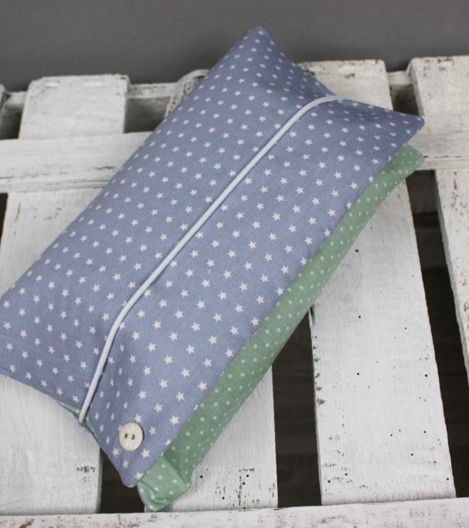 Wickelutensilo - Sternchen praktisch für unterwegs, denn Windeln, Feuchttücher und Stilleinlagen sind klein verpackt und passen in die Handtasche. JanaKnöpfchen