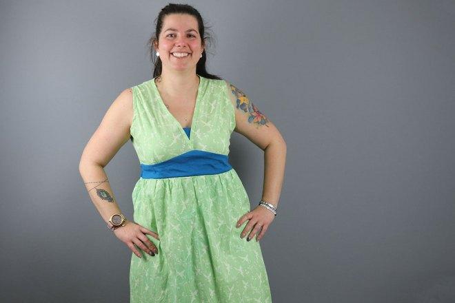 Blogpost selbstgenähte Tunikakleid für Frauen. JanaKnöpfchen - Nähen für Jungs