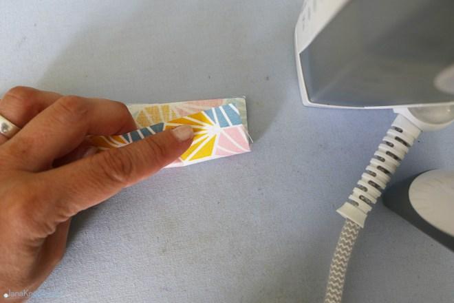 Verschlussband falten. JanaKnöpfchen - Nähen für Jungs