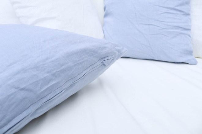 Nahtverdeckter Reißverschluss mit Zipperschutz an Kissen nähen. JanaKnöpfchen - Nähen für Jungs