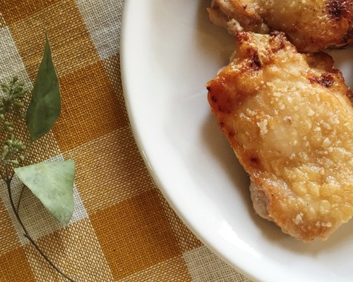 Crackling Chicken - a great Paleo and Whole 30 friendly dinner recipe