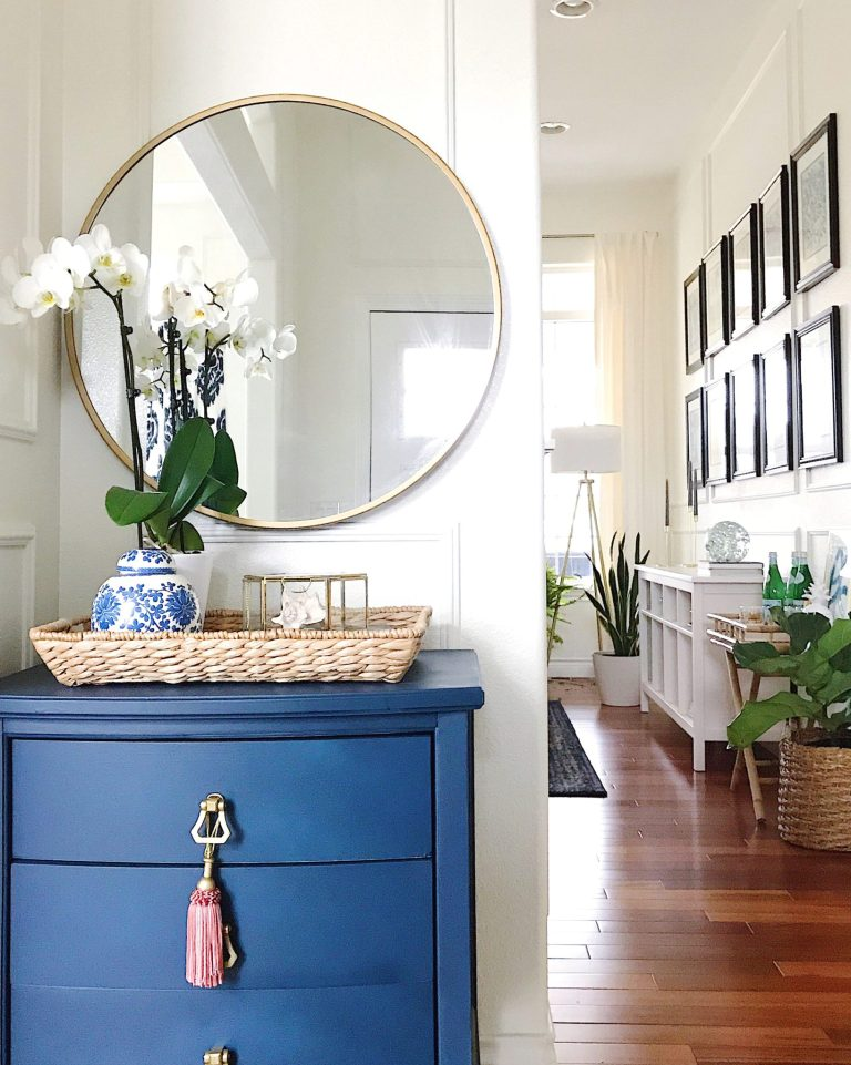 Make Your Home Feel More Cozy - blue and white coastal style entryway