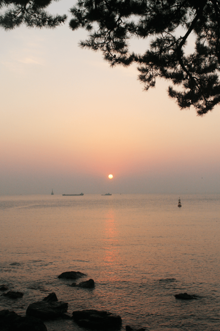 sunrise haeundae beach busan korea 5
