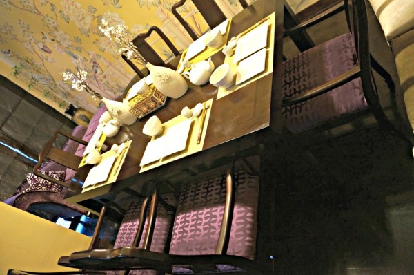 nostalgia-dining-lounge-04