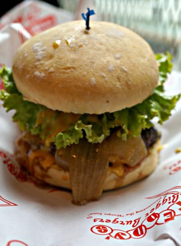teddys-bigger-burgers-greenebelt-01