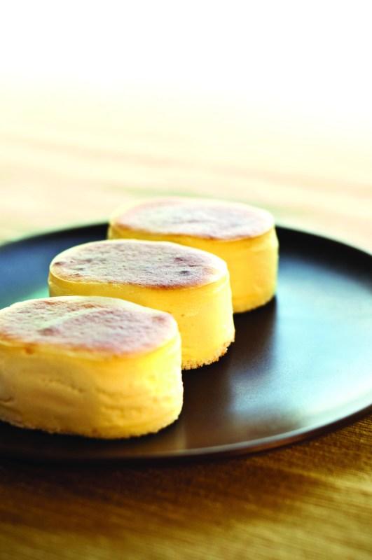 kumori-japanese-bakery-Hanjuku-Cheese