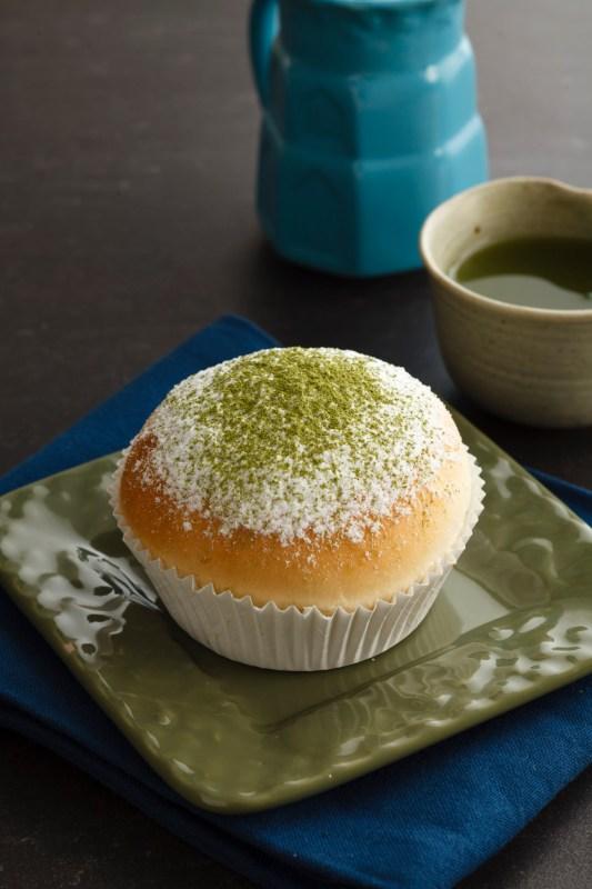 kumori-japanese-bakery-Matcha-Soft-Bun
