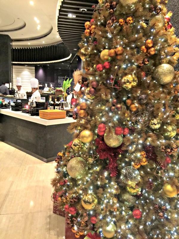 the-cafe-hyatt-city-of-dreams-manila-10