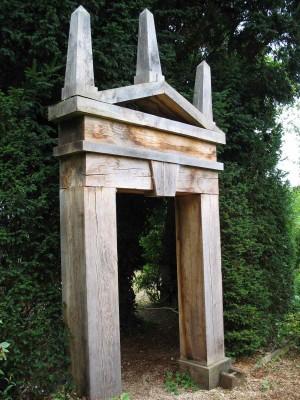 Arch in topiary, Hanham Court