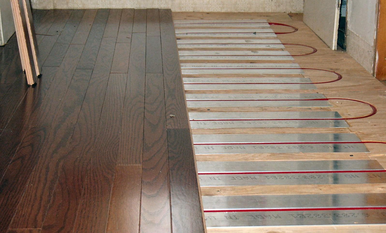 hight resolution of installation of in floor heating