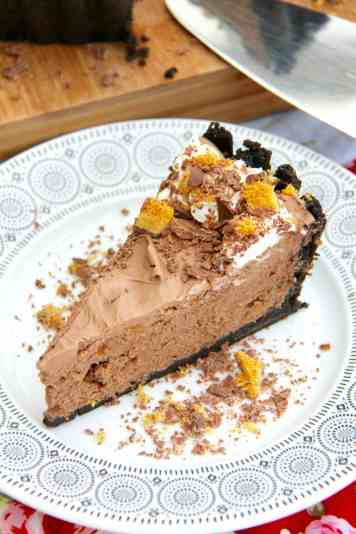 Honeycomb Crunchie Pie