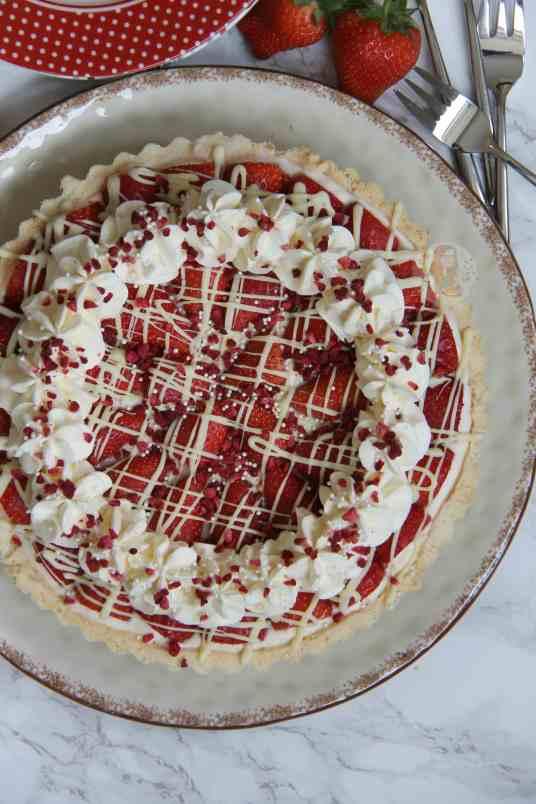White Chocolate & Strawberry Tart