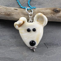 Dog Face Bead - janetcrosby.com
