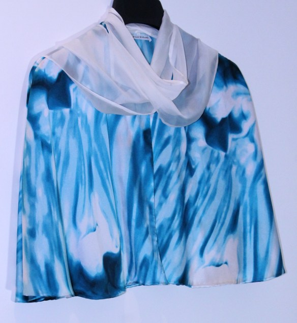 IMG_0907blue silk cape