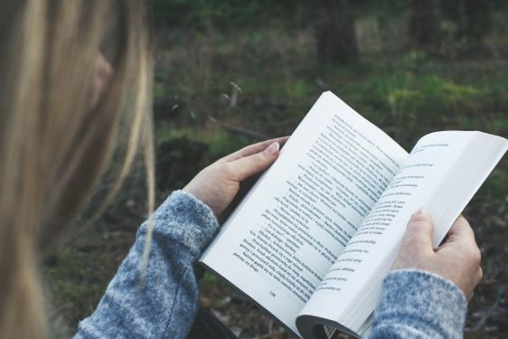 7 of the Best Books to Awaken a Weary Heart