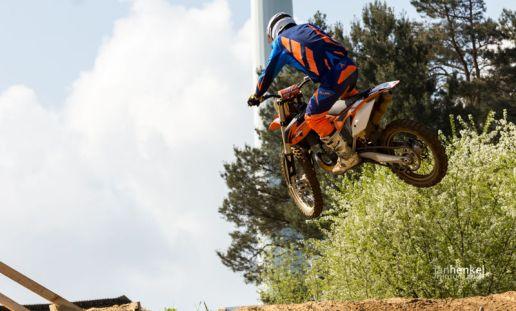 Motocross TB April-20