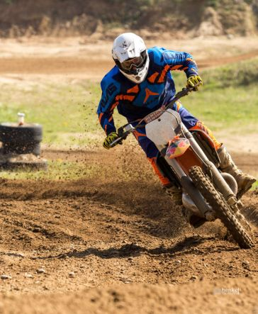 Motocross TB April-28