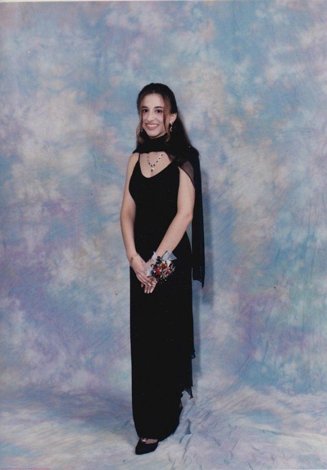 Me Prom Night 1995